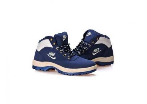 Bocanci Nike mandara