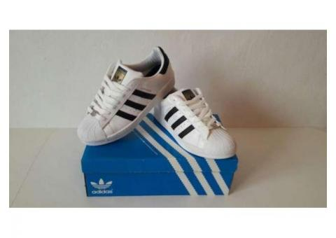 Adidas Superstar 100 lei!