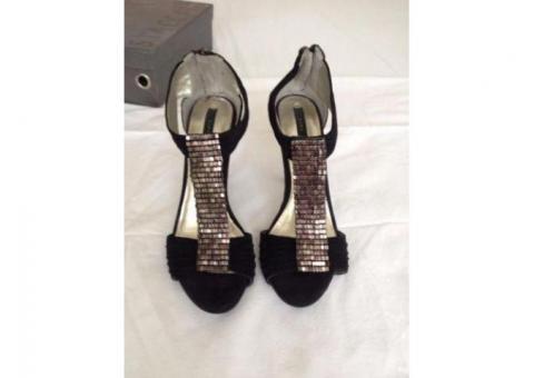 Vand Sandale Zara model deosebit cu accente metalice