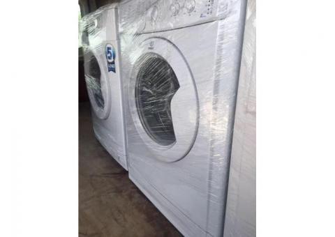 OFERTA!!! Mașina de spălat rufe | Livrare gratuită! Indesit