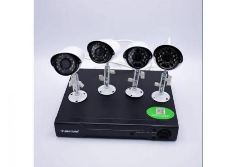 Sistem supraveghere 2Mpx 4Camere + HDD 500GB IR40M Color Internet